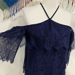 WHBM Navy Lace Cold Shoulder Tunic - Size S EUC